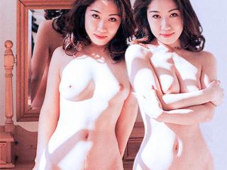 偽双子ヌード